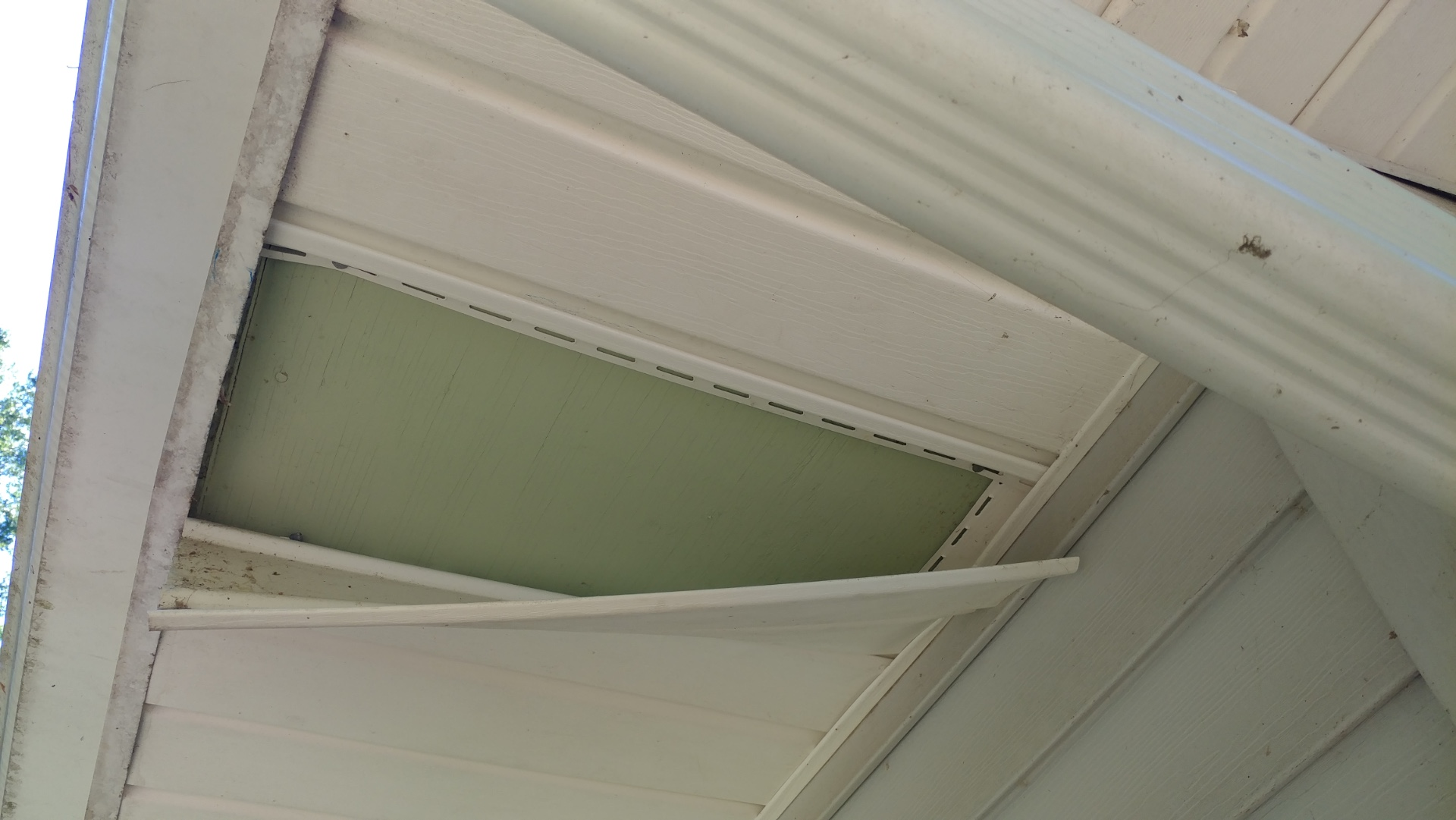 soffit removed